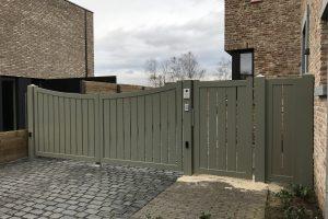Aluminium poort gesloten XL op kader maatwerk